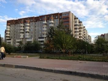 View to: Akademika Shvartsa street, 12 к1. Yekaterinburg (Sverdlovskaya oblast)