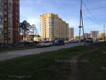На фото видно: Рощинская улица, 50; Рощинская улица, 72А. Екатеринбург (Свердловская область)