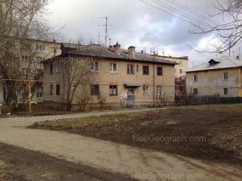 View to: Khvoinaya street, 76 к2; Khvoinaya street, 79; Khvoinaya street, 81. Yekaterinburg (Sverdlovskaya oblast)