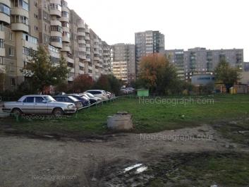 View to: Samotsvetniy boulevard, 10 (Детский сад №324); Krestinskogo street, 19; Krestinskogo street, 21; Krestinskogo street, 25; Krestinskogo street, 27. Yekaterinburg (Sverdlovskaya oblast)