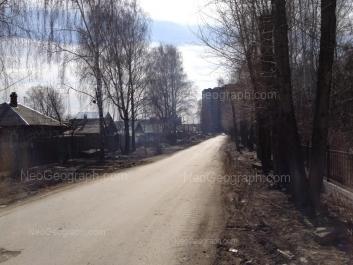 На фото видно: Крупносортщиков улица, 12. Екатеринбург (Свердловская область)