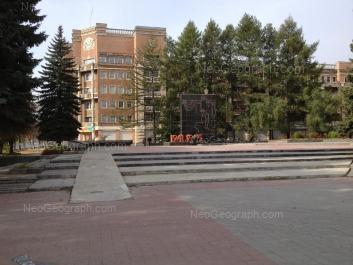 На фото видно: Культуры бульвар, 1; Машиностроителей улица, 4. Екатеринбург (Свердловская область)