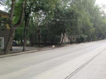 На фото видно: Энтузиастов улица, 31. Екатеринбург (Свердловская область)