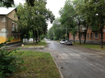 На фото видно: Калинина улица, 66; Калинина улица, 69. Екатеринбург (Свердловская область)