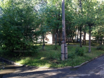На фото видно: Балаклавский переулок, 2Г; Корепина улица, 43. Екатеринбург (Свердловская область)