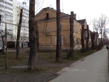 На фото видно: Техническая улица, 58; Техническая улица, 58а. Екатеринбург (Свердловская область)