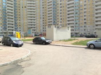 На фото видно: Библиотечная улица, 45. Екатеринбург (Свердловская область)