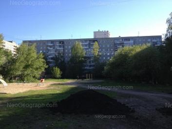 На фото видно: Амундсена улица, 70; Амундсена улица, 72. Екатеринбург (Свердловская область)