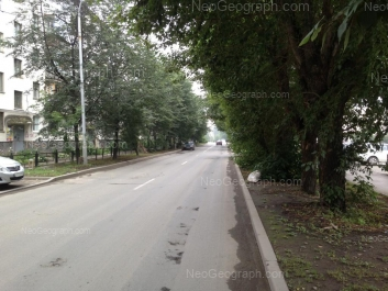 На фото видно: Старых Большевиков улица, 38. Екатеринбург (Свердловская область)