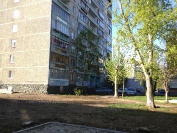 View to: Akademika Bardina street, 42. Yekaterinburg (Sverdlovskaya oblast)