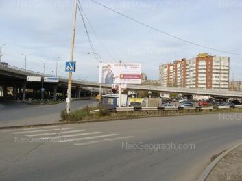 На фото видно: Бебеля улица, 138. Екатеринбург (Свердловская область)