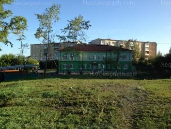 На фото видно: Ползунова улица, 28А (Детский сад №310); Ползунова улица, 34Ж; Ползунова улица, 34И. Екатеринбург (Свердловская область)