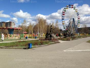 View to: Tavatuiskaya street, 2; Tavatuiskaya street, 2/2. Yekaterinburg (Sverdlovskaya oblast)