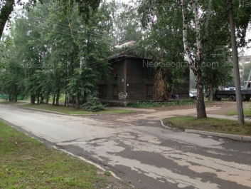 На фото видно: Энтузиастов улица, 48. Екатеринбург (Свердловская область)