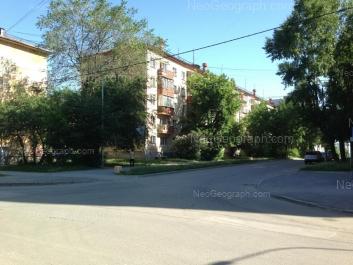 На фото видно: XXII Партсъезда улица, 16; Фестивальная улица, 20. Екатеринбург (Свердловская область)