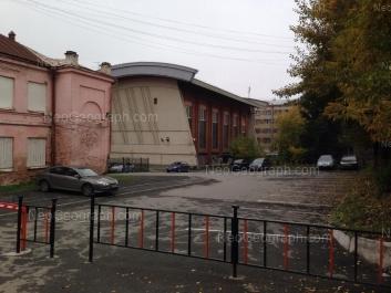 На фото видно: Малышева улица, 128А. Екатеринбург (Свердловская область)