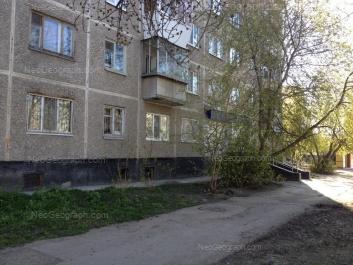 На фото видно: Посадская улица, 77. Екатеринбург (Свердловская область)