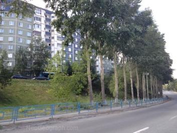 На фото видно: Анны Бычковой улица, 18; Анны Бычковой улица, 20. Екатеринбург (Свердловская область)