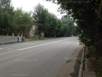 На фото видно: Шефская улица, 30. Екатеринбург (Свердловская область)