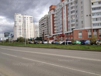 View to: Furmanova street, 123; Furmanova street, 125; Furmanova street, 127. Yekaterinburg (Sverdlovskaya oblast)