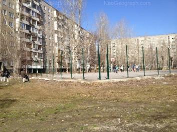 На фото видно: Бебеля улица, 156; Пехотинцев улица, 10. Екатеринбург (Свердловская область)
