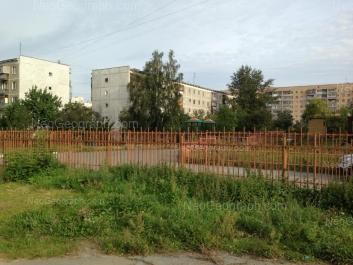 На фото видно: Викулова улица, 33/2; Викулова улица, 33/4; Татищева улица, 77. Екатеринбург (Свердловская область)