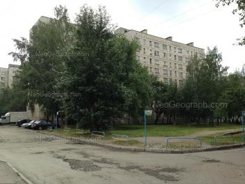 View to: Bakinskikh Komissarov street, 58; Bakinskikh Komissarov street, 60; Bakinskikh Komissarov street, 61. Yekaterinburg (Sverdlovskaya oblast)