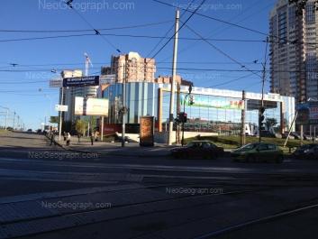 View to: Blukhera street, 39 (ТЦ Аида); Blukhera street, 41; Uralskaya street, 77. Yekaterinburg (Sverdlovskaya oblast)