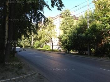 На фото видно: 40-летия Октября улица, 23. Екатеринбург (Свердловская область)