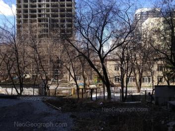 На фото видно: Юмашева улица, 4а (Детский сад №414, Солнышко, комбинированного вида). Екатеринбург (Свердловская область)