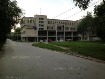 На фото видно: Краснофлотцев улица, 48 к2. Екатеринбург (Свердловская область)