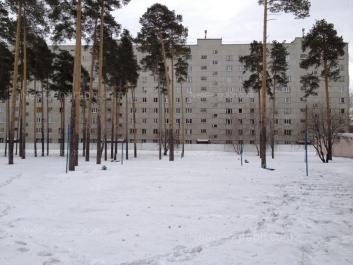 View to: Manevrovaya street, 17б. Yekaterinburg (Sverdlovskaya oblast)