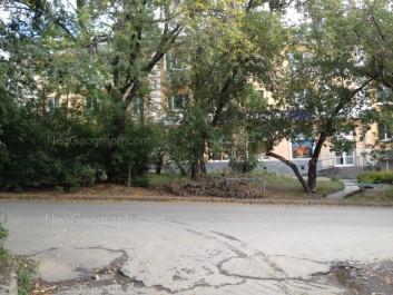 На фото видно: Отдельный переулок, 8. Екатеринбург (Свердловская область)