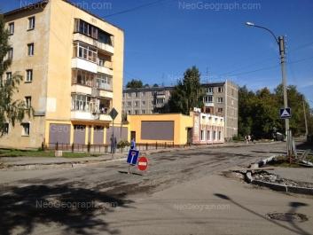 На фото видно: Красных Командиров улица, 11; Стачек улица, 44. Екатеринбург (Свердловская область)