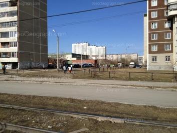 View to: Sedova avenue, 21 (Гимназия №174); Tavatuiskaya street, 1Б; Tavatuiskaya street, 1г; Tekhnicheskaya street, 24; Tekhnicheskaya street, 26. Yekaterinburg (Sverdlovskaya oblast)