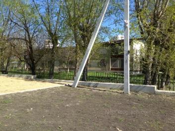 На фото видно: Дружининская улица, 1. Екатеринбург (Свердловская область)