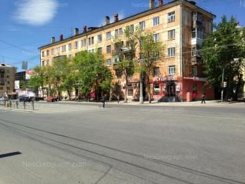 На фото видно: Машиностроителей улица, 20; Машиностроителей улица, 22; Машиностроителей улица, 24. Екатеринбург (Свердловская область)