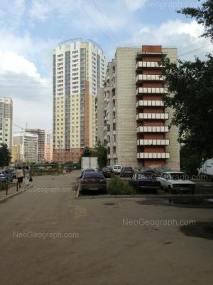 На фото видно: Таганская улица, 87; Фрезеровщиков улица, 39Б. Екатеринбург (Свердловская область)