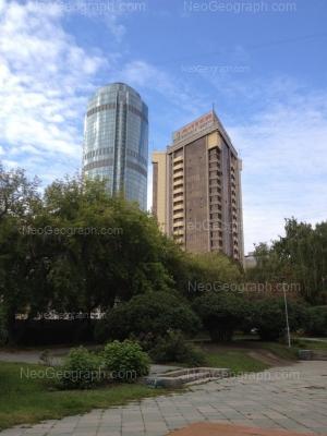 View to: Krasnoarmeiskaya street, 1 (Большой Урал, гостиница); Krasnoarmeiskaya street, 10 (Антей, бизнес-центр). Yekaterinburg (Sverdlovskaya oblast)