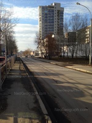 На фото видно: Ткачей улица, 14; Ткачей улица, 16а. Екатеринбург (Свердловская область)
