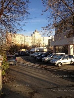 На фото видно: Розы Люксембург улица, 73; Чапаева улица, 1Б. Екатеринбург (Свердловская область)