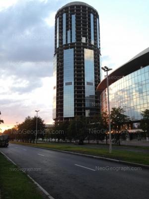 На фото видно: Бориса Ельцина улица, 3. Екатеринбург (Свердловская область)