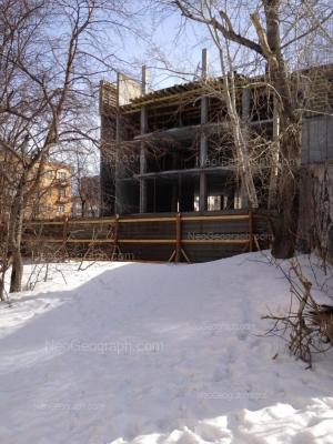 View to: Akademicheskaya street, 28. Yekaterinburg (Sverdlovskaya oblast)
