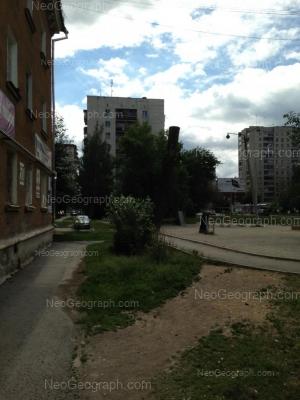 На фото видно: Индустрии улица, 33; Индустрии улица, 34; Уральских Рабочих улица, 43. Екатеринбург (Свердловская область)