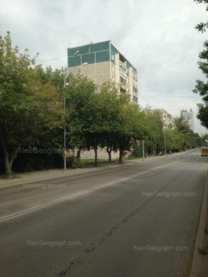 На фото видно: Селькоровская улица, 64а. Екатеринбург (Свердловская область)