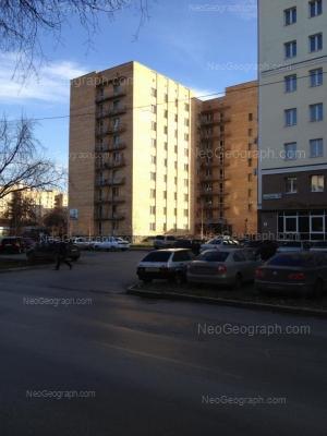 На фото видно: Большакова улица, 71; Большакова улица, 75. Екатеринбург (Свердловская область)