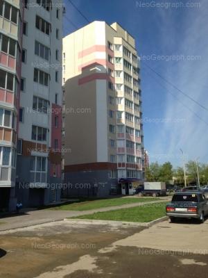 На фото видно: Бисертская улица, 34; Бисертская улица, 36. Екатеринбург (Свердловская область)