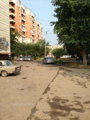 На фото видно: Старых Большевиков улица, 56. Екатеринбург (Свердловская область)