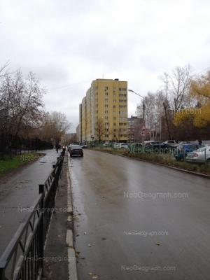 На фото видно: Июльская улица, 25. Екатеринбург (Свердловская область)
