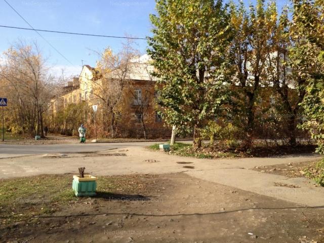 Address(es) on photo: Mnogostanochnikov lane, 11, Yekaterinburg